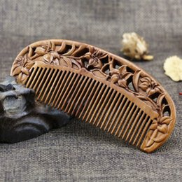 Discount sandalwood hair comb - Factory wholesale century old mahogany hollow carved jade sandalwood genuine boutique whole comb