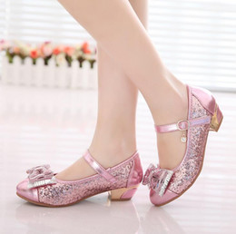 Shine Pink Canada - Children Shoes New Style Golden Silver Pink Bow Crystal Shining Sequins Girl Low Heels PU Leather Kids Girls Princess Shoes