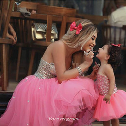 mother daughter evening dresses Australia - Mother and Daughter Matching Pink Homecoming Dresses A Line Beaded Short Women Wear Evening Prom Party Dress for Mother Dress Plus Size