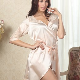 Chemises De Soie Sexy Femmes Pas Cher-Wholesale- Women Luxury Deep V Vêtements de nuit Robes Faux Silk Sexy Female Nightgown