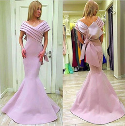 Mnm Couture Pink Stain Big Bow Mermaid Prom Formal Dresses 2018 Off Shoulder Plus Size Full length Dubai Arabic Evening Wear Gown