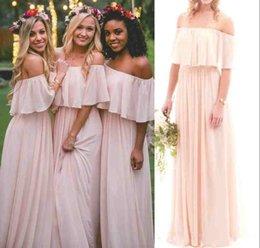 Vestidos de dama de honor 2019 Una línea de vestidos de baile Vestido de invitados de boda Vestidos de damas de honor Blush gasa fuera del hombro Sin respaldo por encargo en venta