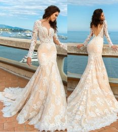 Barato Longo Verão Vestidos De Champanhe-Sexy Full Lace Summer Wedding Dresses 2017 Long Sleeves Bridal Gowns Champagne Mermaid Wedding Gowns Sexy V Backless