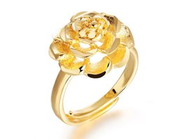 Cluster Rings For Womens Canada - Fashion Day Jewelry 2017 New Beautiful Womens Gold Peony Design Rings Stainless Steel Rings for Women - Adjustable Size