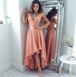 Barato Barato Pêssego Curto Vestidos-2017 Peach Sexy Deep V Neck mangas curtas Olá Baixo Prom Dresses Cap Sleeves Vestido De Festa Cheap Evening Dresses Made in China