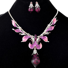 $enCountryForm.capitalKeyWord NZ - Fashion Accessories Jewelry Sets Retro Vintage Brand Peacock Feather Leaves Charm Pendant Chokers Necklaces Drop Dangle Earrings For Women