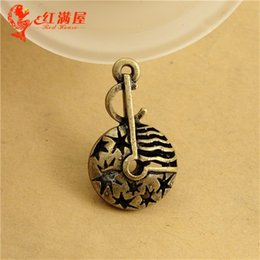$enCountryForm.capitalKeyWord Canada - 17*28MM Antique Bronze Hollow retro filigree 3D music symbol charm pendant beads jewelry, DIY accessories musical note charms