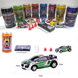 Venta al por mayor de Free Epacket color Mini-Racer Control remoto Auto Coke Can Mini RC Radio Control remoto Micro Racing 1:64 Car 8803 regalo de juguete para niños
