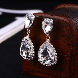 flower cosmetics 2019 - Bride earrings cosmetic geo zhaohao popular rhinestone water drop earrings crystal drop earring wedding dress baldpates
