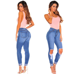 Pantalones Para Damas De Talla Grande Baratos-Tallas grandes Jeans Womens Pencil Pants Ripped Holes Jeans Ladies Long Trousers Ropa de mezclilla 3XL 2XL XL L M S 2017 Recién Llegado 139
