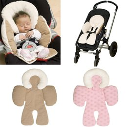 Barato Assento Infantil Suave-Wholesale- Newborn Baby Infant Safety Car Seat Carrinho de passeio Reversível Soft Cushion Pad Liner Mat Head Neck Body Support Pillow Bege / Pink