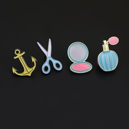 Wholesale- 1PC Korea lapel Pin Perfume Bottle Enamel Pin Brooches for Women Cute Scissors Makeup Mirror Suit Clothes Pins Brooch P1326 from cute mirror korea manufacturers