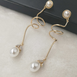 $enCountryForm.capitalKeyWord Australia - New brand Metal Spring long Stud Earrings for Women Fashion Punk Jewelry 2017 Pearl Pendant Earrings Gold Crystal Brincos Accessorie Bijoux