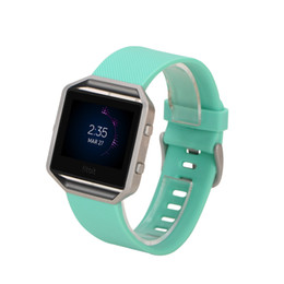 Chinese  Luxury Silicone Watchband 11 color High Quality Various Colors Soft Silicone Watch Band Wrist Strap For Fitbit Blaze Smart Watch manufacturers
