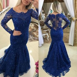 Robes De Club Bleu Foncé Pas Cher-Elegant Dark Blue Lace Robe d'anniversaire avec manches longues Robe Homecoming Mermaid Pearled Round Neck African Modern Lady Robes de soirée