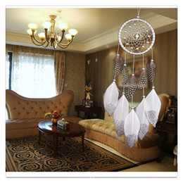 $enCountryForm.capitalKeyWord Canada - Hanging Decoration Jewelry Charms Wind Chime Hanging Handmade Traditional White Feather Dream Catcher Wall Hanging Car Ornament Gift Charms
