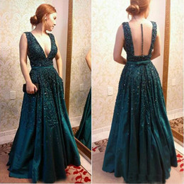 evening gown belt sashes NZ - 2017 Hunter Green Formal Celebrity Prom Dresess Illusion Back Deep V Neck Floor Long With Belt Sash Evening Special Occasion Gown