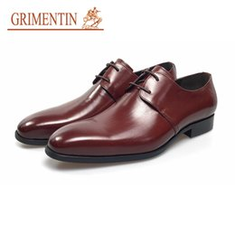 Formal Man Leather Shoes Flat Canada - GRIMENTIN Newest brown wedding shoes oxfords men luxury dress shoes genuine leather lace up formal flats size:38-44 YJ19