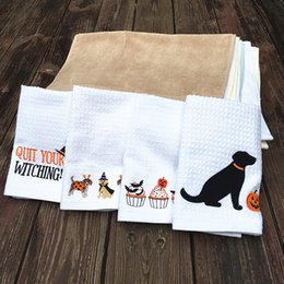 Wholesale cloth bamboo online shopping - Lovely Animals Tea Towel Pure Cotton Water Uptake Cleaning Cloth Originality Halloween Holiday Printed Dish Towels ad C RC