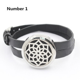 Per Pads Canada - (Free 5pcs Felt Pads per piece) 316L stainless steel silver 25mm 30mm aromatherapy locket bracelet with leather design bracelet