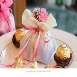 Discount new house decoration flowers gift - Italian Style Wedding Favor Candy Gift Bags Yarn Pouch With Flower Bouquets for Wedding Favours Table Decoration supplie