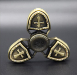 Triangle Table Canada - 2017 Caesar Crusader HandSpinner outdoor hand Torqbar Brass toy Triangle Handheld table top Fidgets Toys Ceramic Bearing EDC Focus Toy