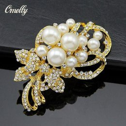 gold tone christmas brooch NZ - Luxury Gold Filled Tone Fancy Rhinestone Crystal And Faux Pearl Brooch Pins Wedding Bouquet Party Brooches Jewelry