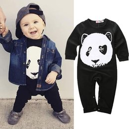 Barato Longos Macacões De Macacão-Baby boys rompers panda girls jumpsuits newborn children bodysuits long sleeve pants black style high quality fashion factory preço barato