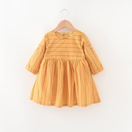 Robe Mignon Jaune Coréen Pas Cher-Everweekend Girls Perles Striped Ruffles Dress Cute Baby Jaune et Vert Couleur Vêtements Princesse Coréenne Fashion Fall Party Robe