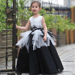 Little Girls Formal Party Dresses Canada - White and Black Little Girls Pageant Dresses 2017 Sleeves Flower Girls Dresses For Wedding Little Girls Formal Prom Evening Party Gowns