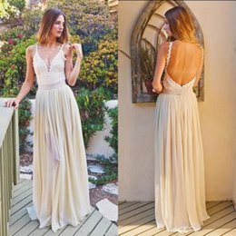 Barato Vestido De Casamento Barato E Sexy-Vestido de casamento do país Sexy Straps Spaghetti Pescoço V Backless Bohemian Beach Wedding Party Bridal Gowns Lace Top Full Length Barato