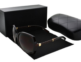 Chinese  New fashion vintage sunglasses women brand designer luxury famous brand womens sunglasses ladies sun glasses with cases and box manufacturers