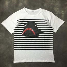 Tops D'été À La Mode Pas Cher-Les plus récents Fashion Contracted Black Slords of Lightning Shark T-shirt imprimé Summer trendy Mens Short Sleeve Tee Tops Vêtements