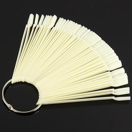 Vernis À Ongles Naturels En Gros Pas Cher-Vente en gros - 50pcs Natural False Nail Art Tips Display Sticks Polish Fan Practice Board Kit Blanc clair pour DIY Salon Manicure Tools