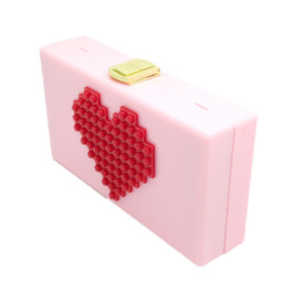 Ladies Red Heart Shape Pink Acrylic Box Clutch Bag Women Evening Bag  Wedding Party Prom Shoulder Handbag Hardcase Metal Clutches b3d94f7f450a
