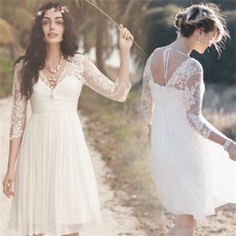 $enCountryForm.capitalKeyWord Canada - Lace Knee Length Beach Wedding Dresses With V-Neck 3 4 Sleeve Ruffles Empire Backless Chiffon Summer Short Bridal Gowns 2019 Fashion Cheap