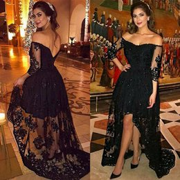 Barato Vestidos De Baile Preto Alto Lo-Black Lace High Low Prom Dress Plus Size Manga comprida 2017 Off The Shoulder Formal Night Party Dresses Vestidos de noite de mulheres árabes