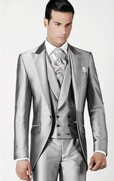 royal blue silver grey for wedding UK - One Buttons Groom Tuxedos Men's Suit Silver Grooms Wedding Suits Slim Fit Peaked Lapel Grey Wedding Tuxedos For Groom (Jacket+Pants+Vest)