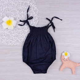 Barato Grossista-Mikrdoo Fashion Baby Girl Romper 2017 New Summer Style Girls Top Clothes Newbron Retro Black Children Clothing 0-18 Month Jumpsuit Wholesale