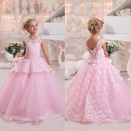 $enCountryForm.capitalKeyWord Canada - 2019 Crew Neck Sleeveless Pink Lace Tulle Flower Girls' Dresses Cute Lace Up Back Wedding Party Gowns For Little Girls Princess Pageant Wear