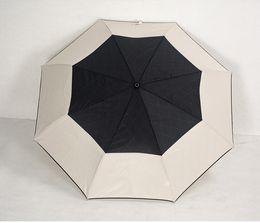 Patrón clásico de lujo Camellia Flower logo Paraguas Para mujer 3 Doble paraguas de lujo con caja de regalo y bolsa Paraguas de lluvia VIP regalo