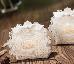 New European Design White Wedding And Engagement Gift Box Pearl Paper FIrregular Shape Favor Holders Free Shipping Candy Chocolate