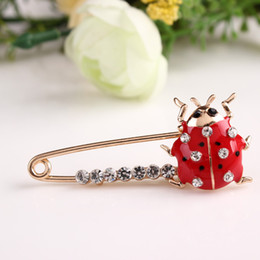 jewelry beetles Australia - LNRRABC Women Ladybug Beetle Collar Pin Brooch Crystal Rhinestones Jewelry Accessories broches de strass luxo spille da donna
