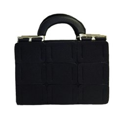 Vintage saddles online shopping - 2017 new women handbag stitching color bags embossed leather shoulder handbag female singles and fan classic Diana gripes