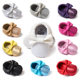 $enCountryForm.capitalKeyWord Canada - Wholesale Newest Styles sequins Baby Tassel Moccasins Girls Moccs Baby Booties Shoes Moccasin design baby shoes