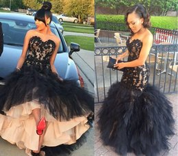 Barato Camadas De Chiffon Tops-New African Black Appliqued Prom Dresses Evening Wear 2017 Sweetheart Strapless Lace Top Layered Tulle Saias Formal Party Gowns