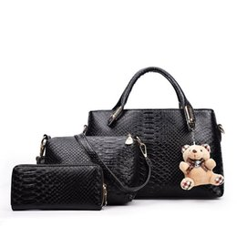 $enCountryForm.capitalKeyWord UK - 3pcs Women Bag Set Little Bear Decoration Fashion WomenTotes Handbag Aliigator Daily Women Shoulder Bag + Purse