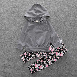 Barato Flores Longas Leggings-INS Newborn Clothes Baby Girls Hooded Tops Long Sleeve T-shirt Hoodie Calças Leggings Flores 2PCS Set Children Kids Clothing Atacado 447