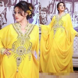 Yellow Chiffon Dubai Abaya Kaftan Beading Crystal Arabic Dress Muslim Long  Sleeves Evening Dresses Formal Party Gowns 3684406332d5