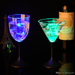 Discount plastic goblets - Clear Goblet Creative Single Laryer Red Wine LED Light Up Standing Cup For Bar Glowing In The Dark Pokal New 5 7jc R